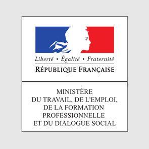 Ministère du Travail, de l'Emploi, de la Formation Professionnelle et du Dialogue Social travaille avec le leader du soutien scolaire à Pau, Tarbes et Biarritz